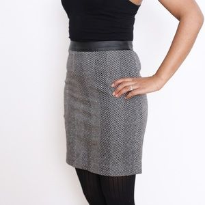 Black and grey banana republic mini skirt
